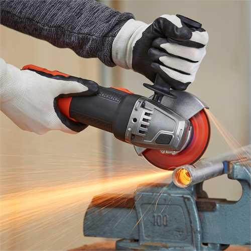 Black and Decker - Smerigliatrice angolare 900W115MM - BEG210
